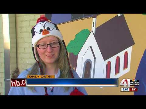 KCAI students use murals to combat graffiti at Kansas City schools