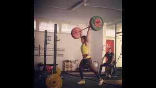 Athlete Marina Novelli jerk @90 Kg