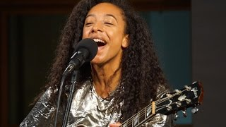 909 in Studio : Corinne Bailey Rae -
