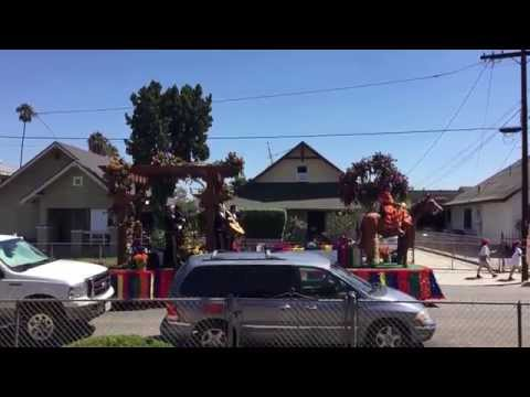 Guy in east L.A.wakes up to Mariachi float outside his house