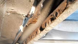 Ваз 2110. Небольшой ремонт днища и короба. Кузовной ремонт.(Приветствую Вас на моём канале по кузовному ремонту. Вы можете подписаться на канал, если мои видео могут..., 2016-12-19T16:36:21.000Z)