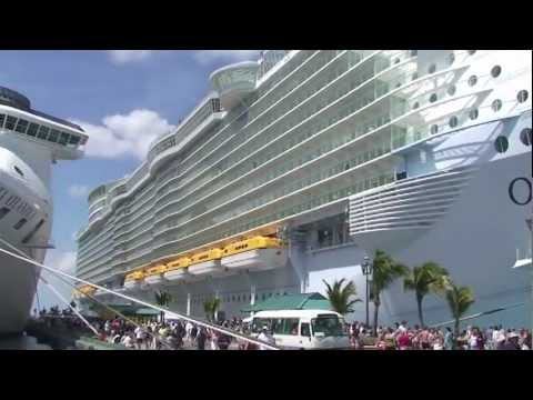Tour of the world's most luxurious cruise ship the Oasis of