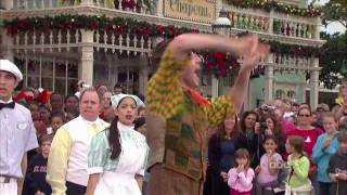 "Walt Disney World Christmas Day Parade 2008 - ""Supercalifragilisticexpialidocious"" - Mary Poppins"