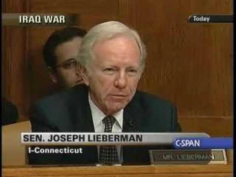 Liebermann Kissing Petraeus's Boots