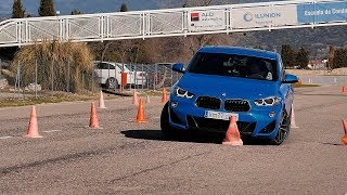 BMW X2 2018 - Maniobra de esquiva (moose test) y eslalon | km77.com