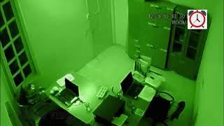 Horor , Penampakan Kuntilanak Terekam CCTV