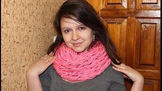 Вязание шарфа на руках(Вязание шарфа на руках - видео урок для портала «Наша Пряжа», 2015-12-04T16:35:03.000Z)