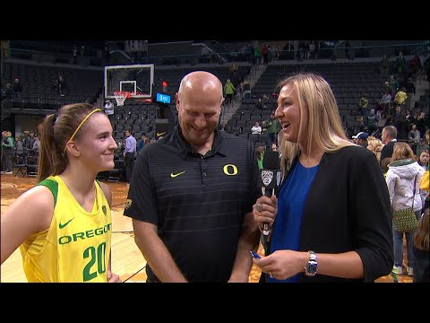 Sabrina Ionescu breaks NCAA triple-double record, gives coach Kelly Graves his 500th win