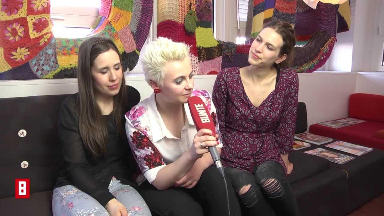 BUNTE TV - Elaiza über den Schicksalsschlag, der ihre Musik beeinflusst