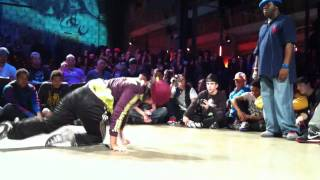 HIPOPSESSION 2011 Bgirl Battle  Emilka (Pol) vs Flavor Roc (Fra)