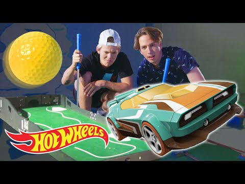 Mini-Golfing with Hot Wheels & Tanner Fox! | Hot Wheels Unlimited | Hot Wheels