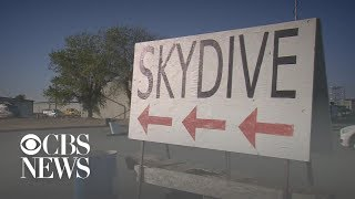 Skydiver dies after her parachute fails to deploy