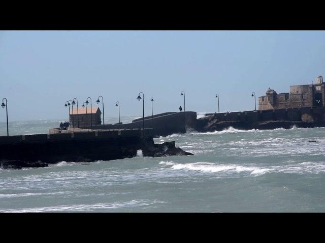Temporal por la Borrasca Felix en Cádiz