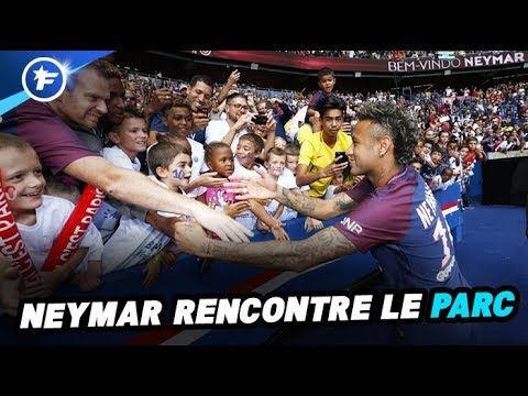 La présentation bluffante de Neymar au Parc des Princes