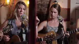Watch Della Mae Maybeline video