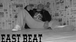 East Beat - Daleko od pogleda