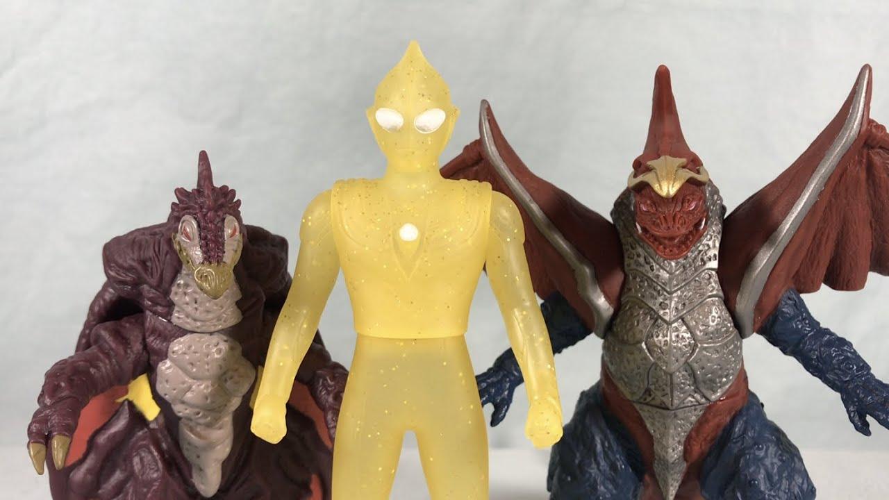 Ultra Hero Series EX Glitter Tiga & Ultra Monster Series 142 Zoiga & 147 Golba Review