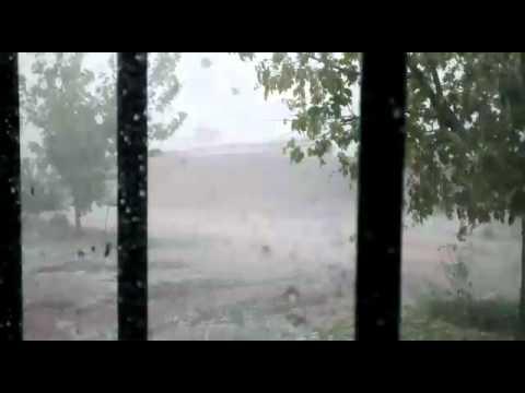 Videos: mirá como azotó la fuerte granizada en la ciudad
