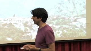 Mangiare molto poco per vivere molto a lungo: Valter Longo at TedxReggioEmilia