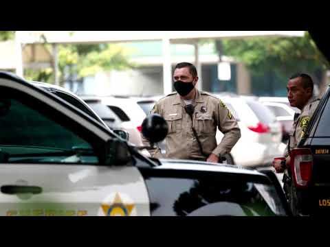 Gunman wounds two LA County deputies in ambush