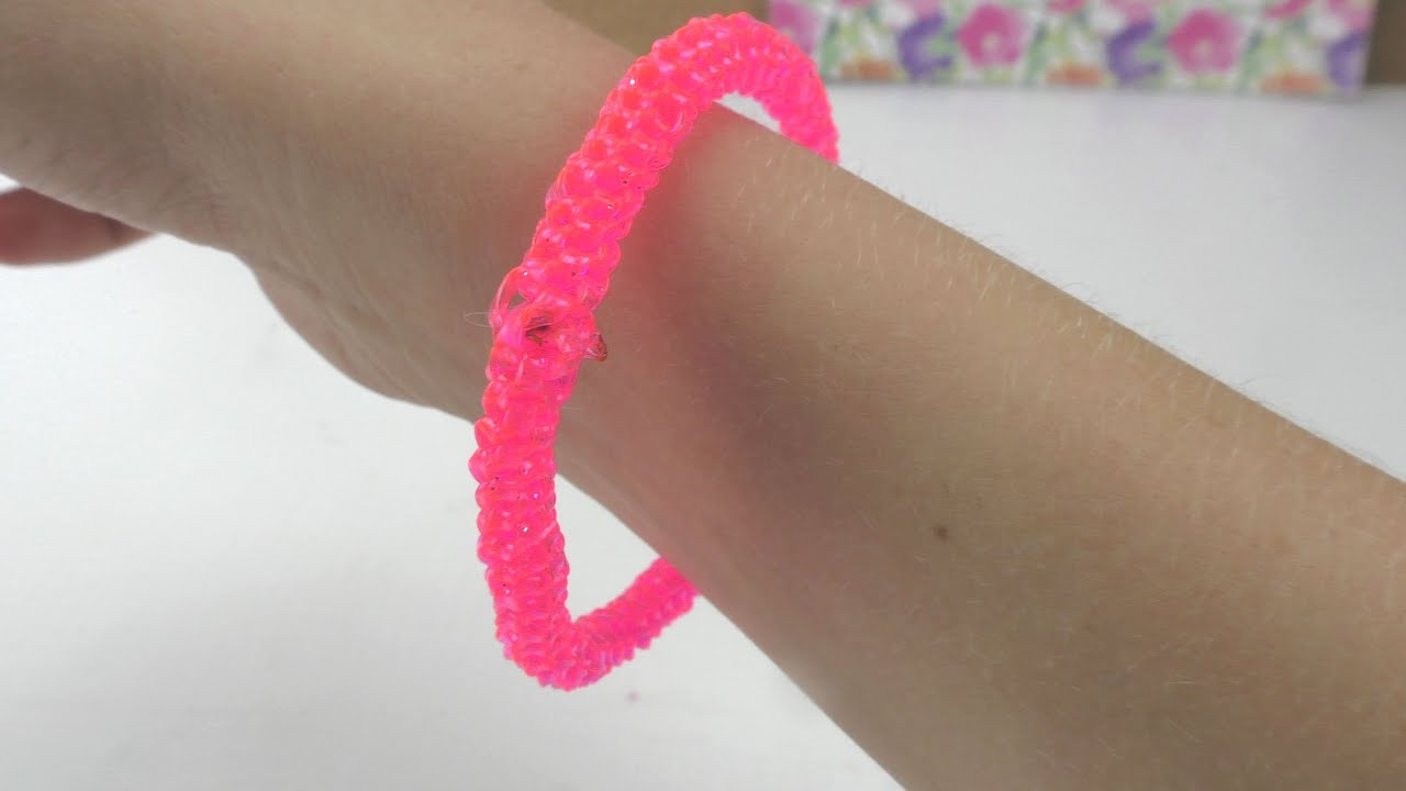 diy scoubidou armband in neonfarben pink glitzer. Black Bedroom Furniture Sets. Home Design Ideas
