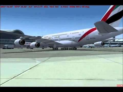 Plane spotting Toronto airport in Flight Simulator (FS2004)