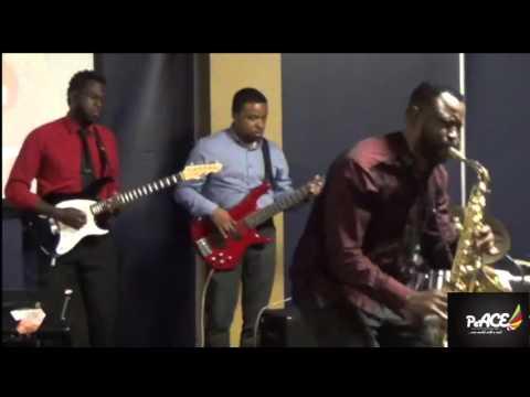 Kunle Olusesi Live Performance...Unlimited Praise @ BOP, Canada