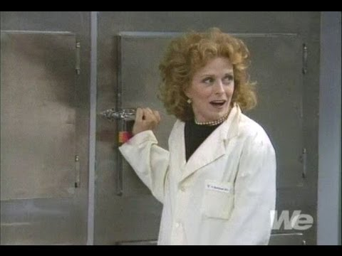 The Naked Truth  Tea Leoni, Holland Taylor  One Day At The Morgue  full episode