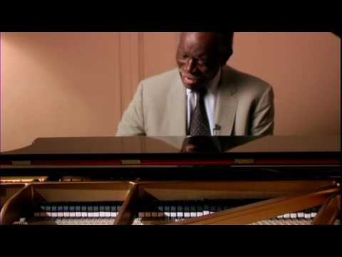 Hank Jones plays 'Alone Together' 2007