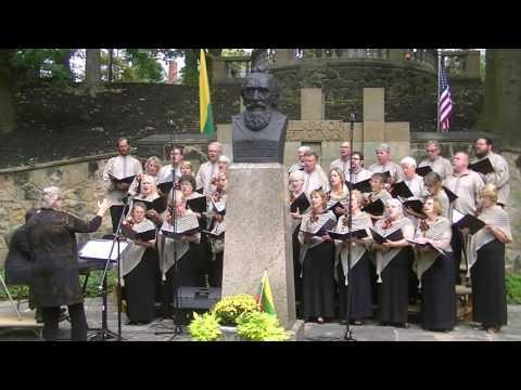 Viena Seima- Viena Tauta by Choir in Cleveland Cultural Garden