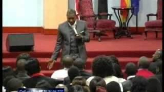 Shake that viper off-Pastor Alph Lukau.avi