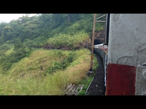 12125 Pune Mumbai Deccan Queen Express Journey from Khandala To Karjat Outer