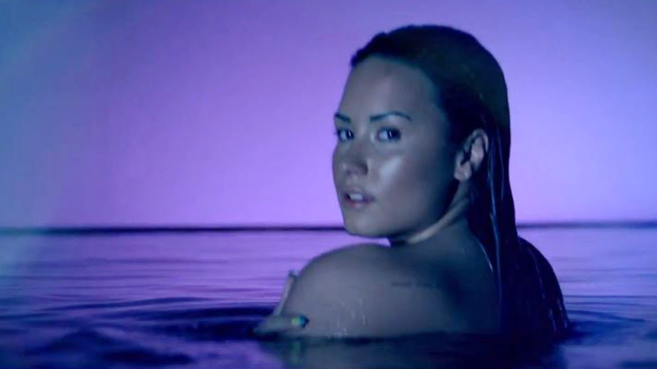 Demi lovato naked in tub answer, matchless