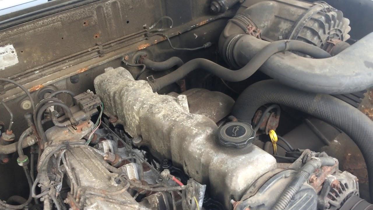 mazda b2500 2 5 wl diesel non turbo engine start up rev sound [ 1280 x 720 Pixel ]