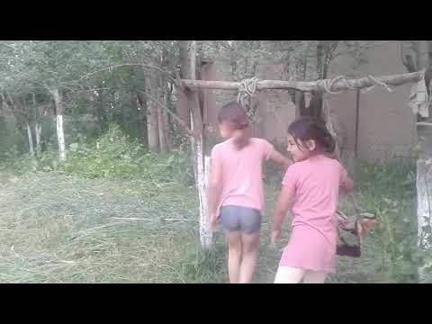 Урушуп кеткен кыздар