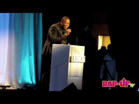 Eminem Presents Dr. Dre with ASCAP Award