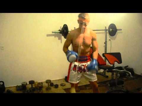 Как выработать реакцию в боксе!