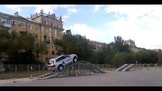 Тест-драйв автомобиля Volkswagen Touareg