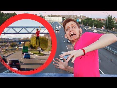 me-tiran-de-un-puente-!!?