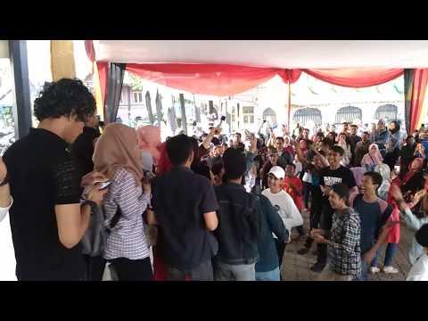 "KINTANI ""Cogok Mancogok"" @Kampoeng Minang Festival Bersama Para Fans.."