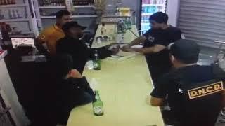 AGENTES DNCD se reparten dinero de negocio tras allanamiento ilegal