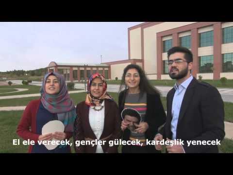 Beyaz Show - Beyaz'a Dicle Üniversitesi Öğrencilerinden Şarkı (13.11.2015)