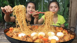 Wow yummy cooking noodle stirfry with chicken and egg recipe