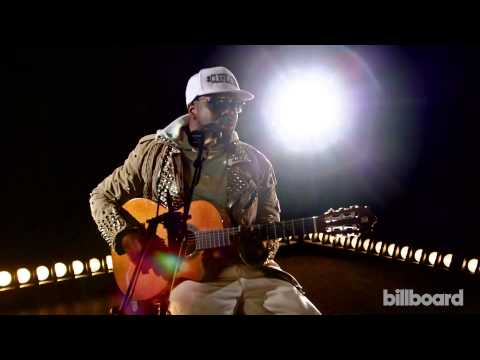 Wyclef Jean Performs