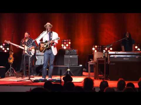 Keb Mo - The Old Me Better - Live At Lupos - Providence Rhode Island