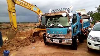 ฝนตกวิ่งได้2เที่ยว dump truck excavator