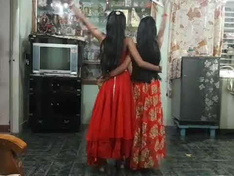 Chippinolagade muttumalagide dance by Vibha and sinchana