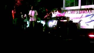 Tega - Glenn Fredly(cover) @OM_Interview live in #JazzPinggiratan Semarang