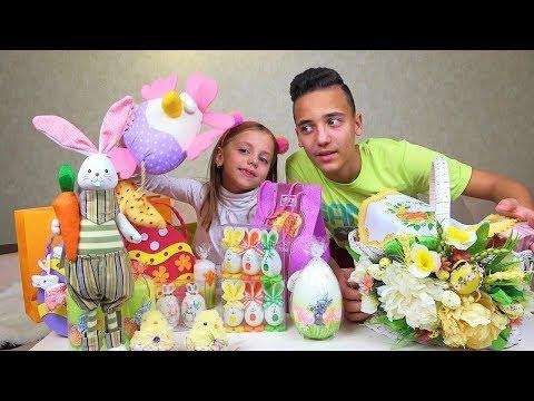 Как мы покрасили яйца ПОДАРКИ и Пасхальная КОРЗИНА Челлендж - Видео онлайн