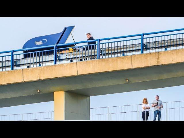 🎹 PIANO ACROSS THE BRIDGE 😲 - Arne Schmitt (Official Music Video)